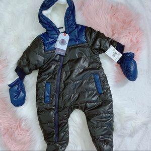 Urban Republic Prams Lined Bodysuit & Mitten Set
